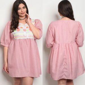 Plus Size Short Sleeve Embroidery Tunic Dress